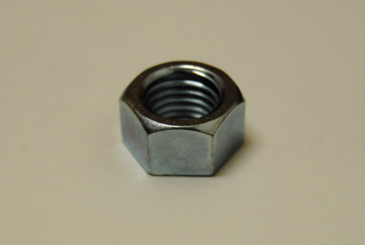 Close up of the 10mm nut.