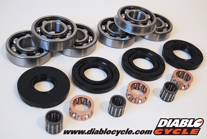 Kawasaki S1, S2, S3, KH250 & KH400 Crankshaft Rebuild Kit - Seals & Bearings
