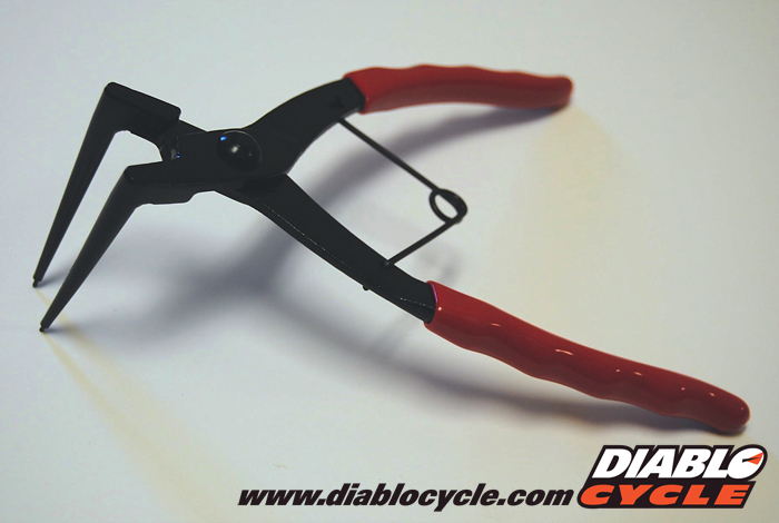 Snap Ring Pliers - Internal - Long Arm for Master Cylinder
