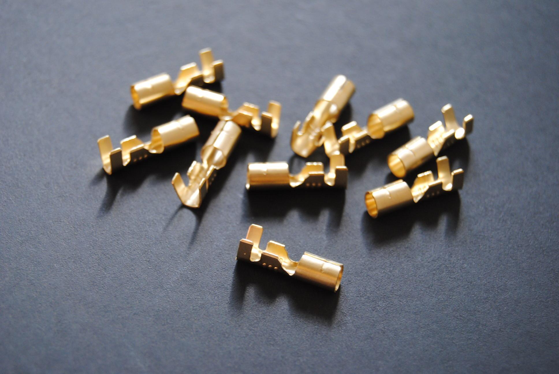 Female Connectors - Bullet Type