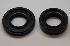 Kawasaki H1 Outer Crank Seal Set - Right & Left Outer